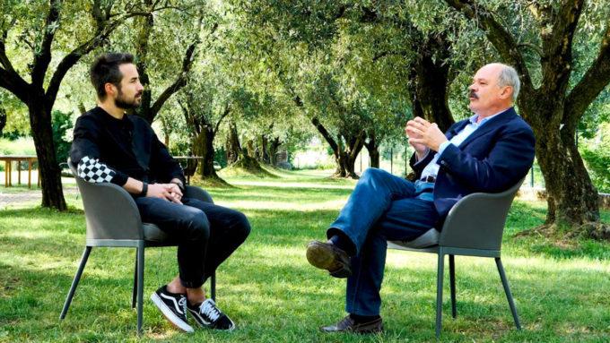 Blank. INTERVIEW - Oscar Farinetti: RISCOPRIAMO l'Italia e non diamola per scontata