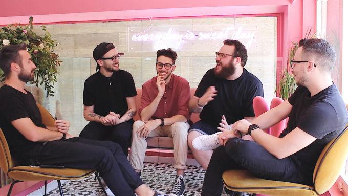 Blank. Sofà - Caffè Design: 3 amici e un podcast…al BAR!