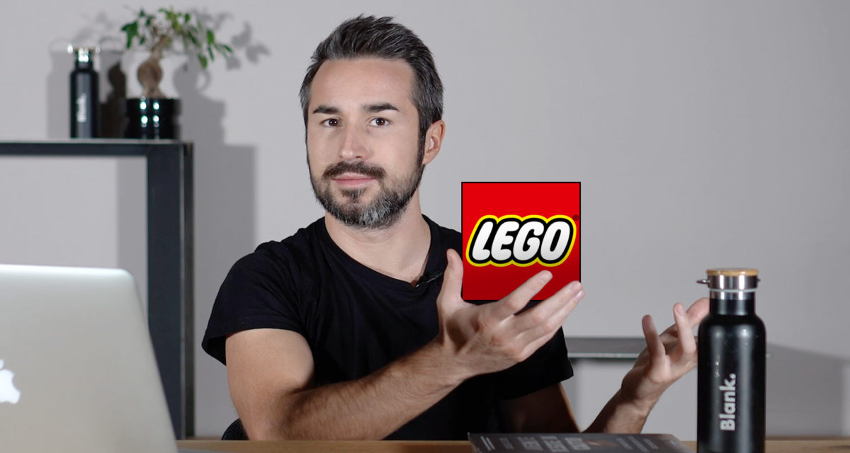 Blank. TIPS - La mossa vincente di LEGO